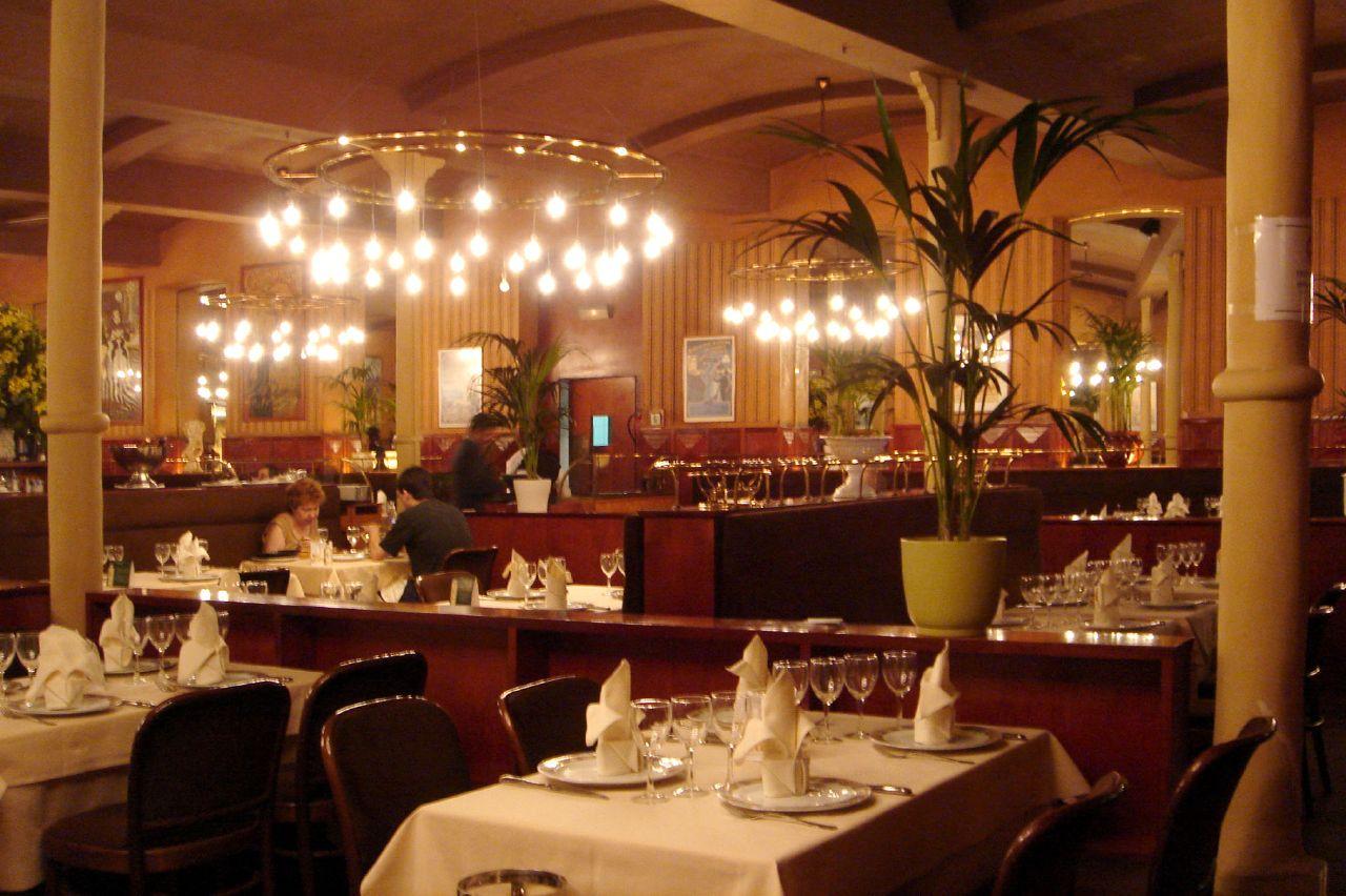 Seafood Restaurant Paris For Group