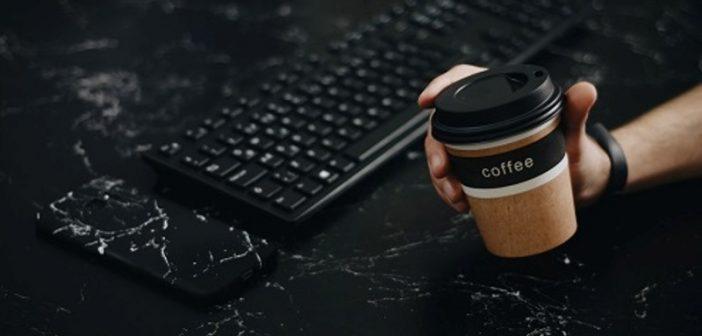 Alles over koffiebekers laten bedrukken